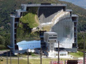 Le four solaire géant d'Odeillo