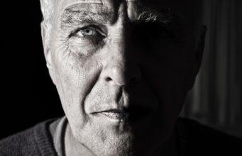 désagréments intimes chez les hommes de plus de 50 ans