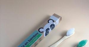 brosse à dents en bambou